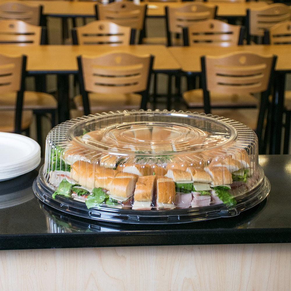 how to clean plastic restaurant trays