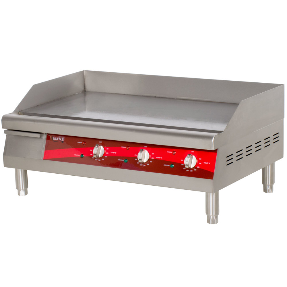 The Avantco EG30N electric countertop griddle allows operators to ...