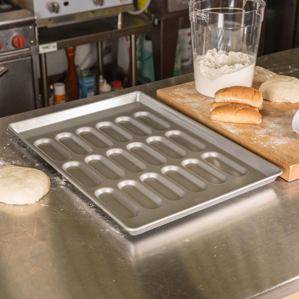 18 Mold Hot Dog Bun Pan