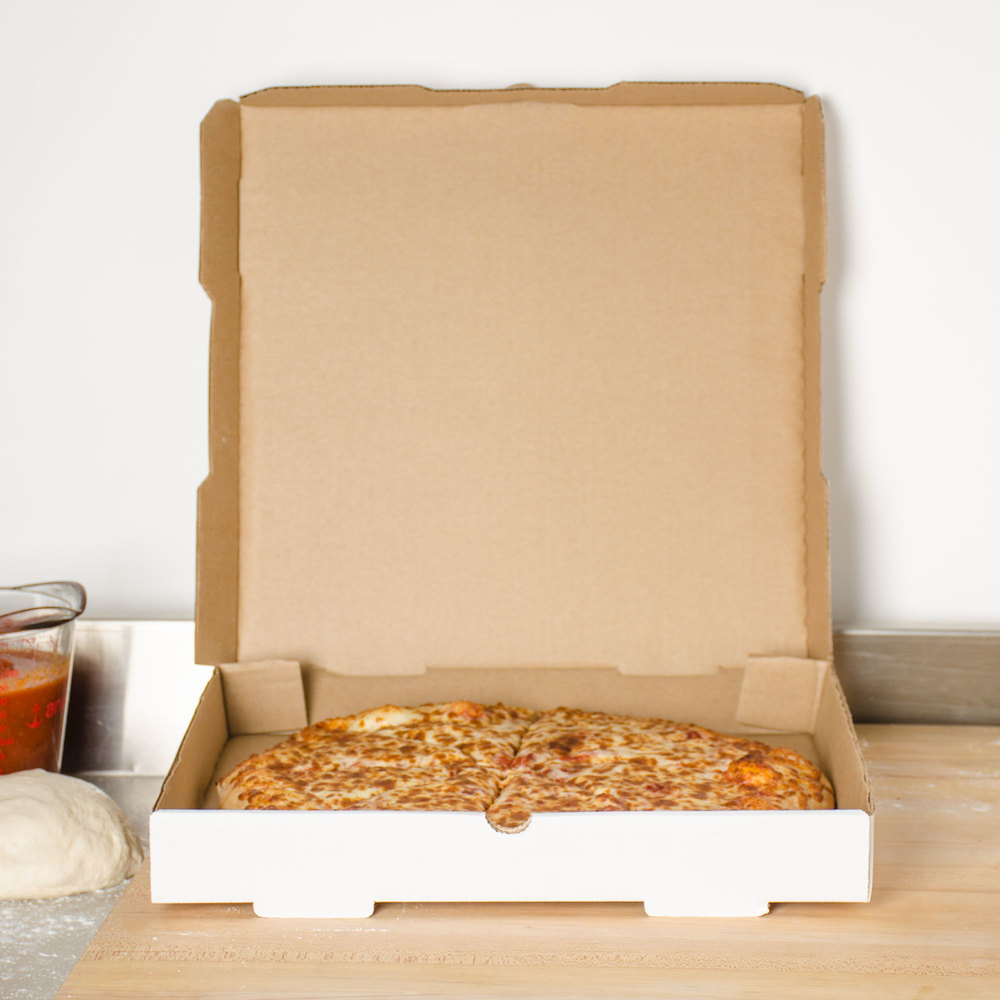 "18"" x 18"" x 1 3/4"" White Corrugated Plain Pizza / Bakery Box - 50/Bundle"