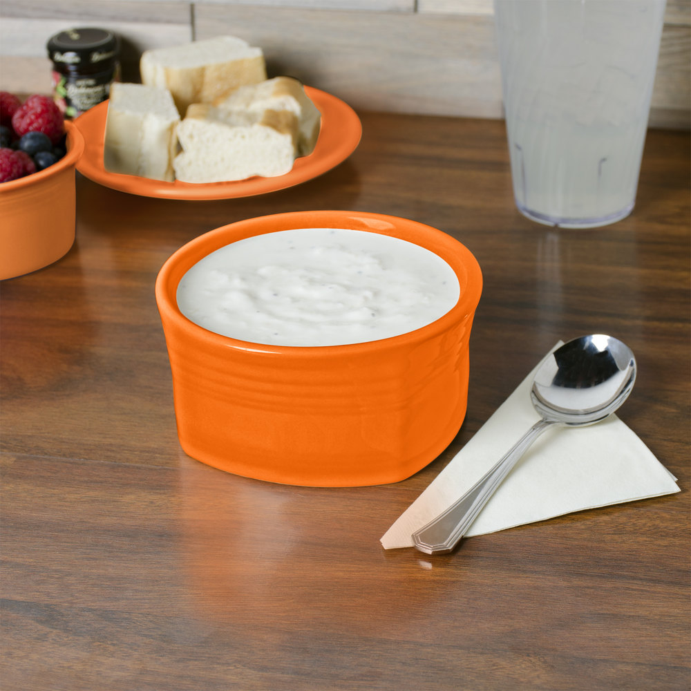 Homer Laughlin 922325 Fiesta Tangerine 20 oz. Square Bowl - 12/Case