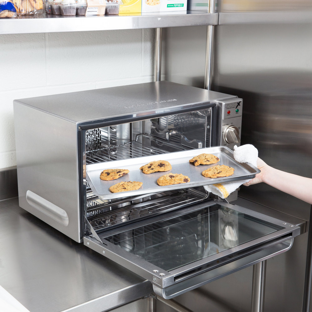 Half Size Countertop Convection Oven : Waring WCO500X Half Size Countertop Convection Oven - 120V, 1700W