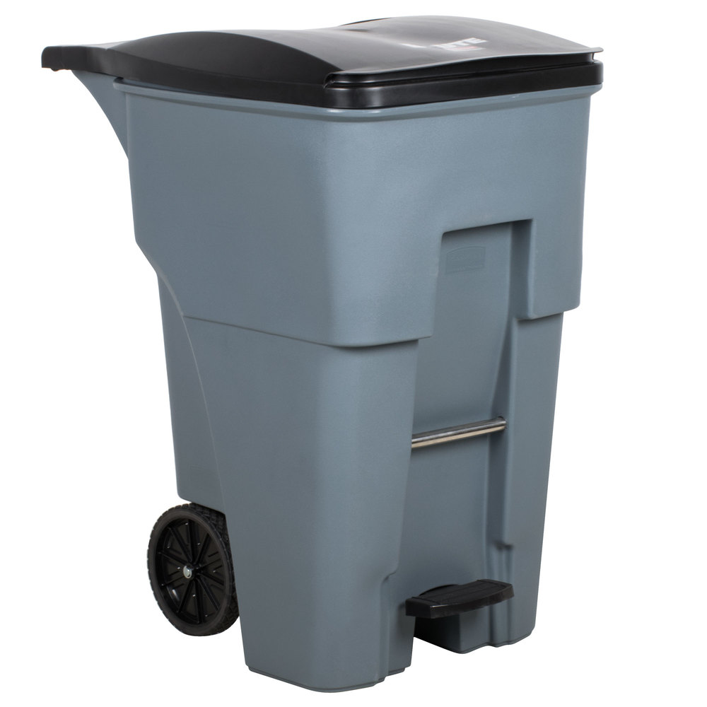 Rubbermaid Commercial 1971991 Brute Step On Rollout Trash Can 95 gal 360 L