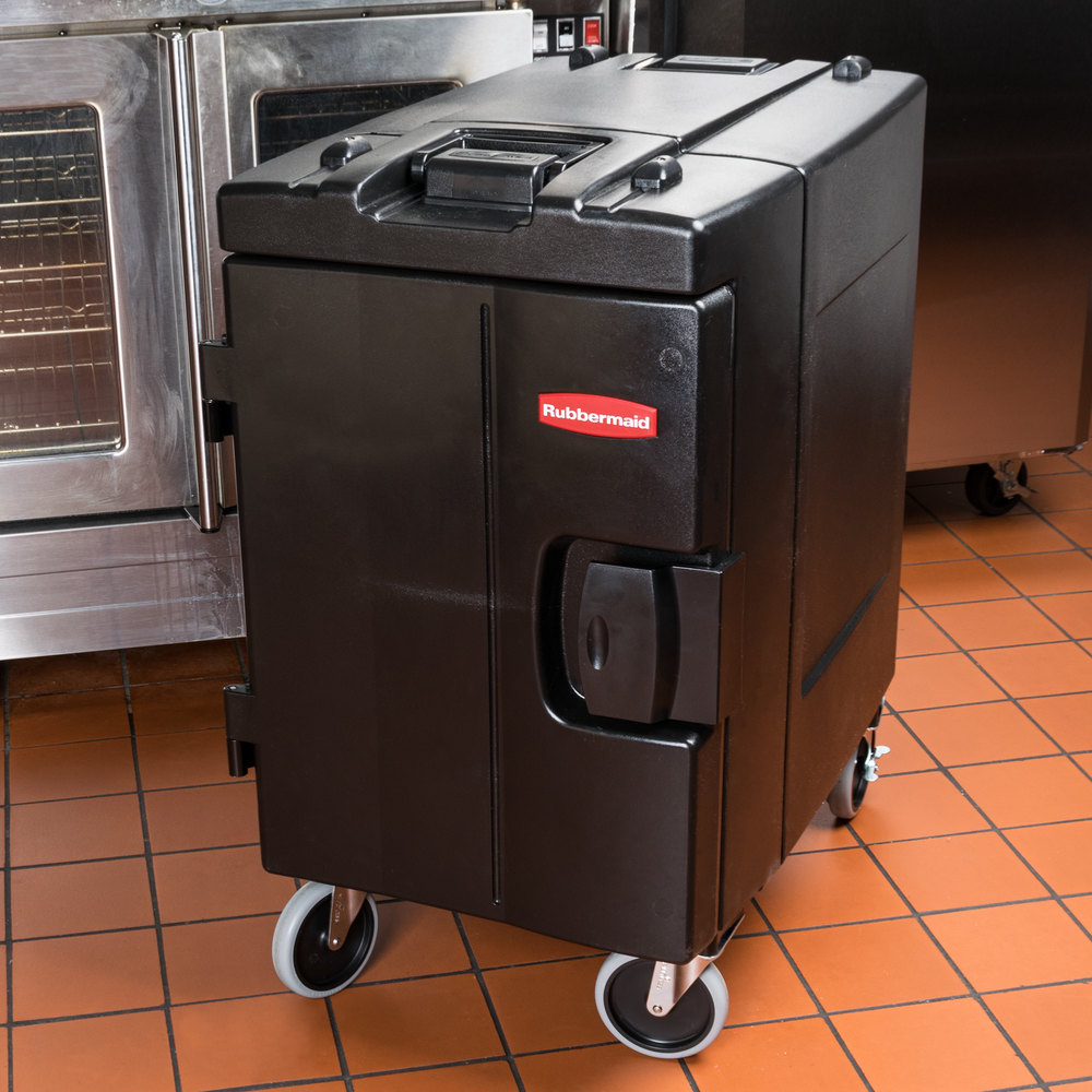 Rubbermaid FG940888BLA Black CaterMax Mobile Insulated 6 Pan Carrier - End Load