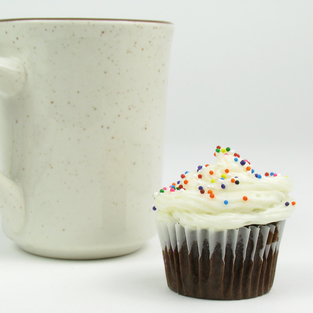 "White Fluted Baking Cup 1 1/2"" x 1"" - 10000/Case"