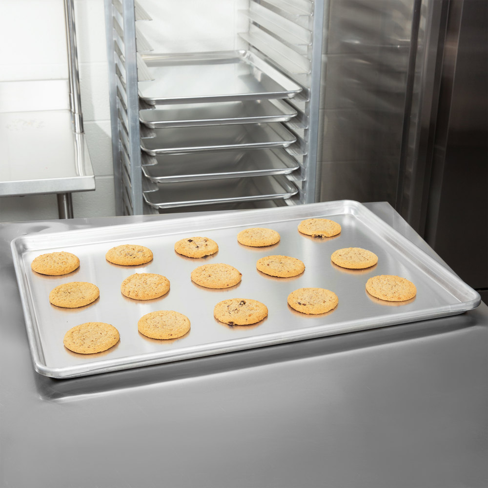 "Vollrath 5315 Wear-Ever Heavy Duty Full Size 12 Gauge Aluminum Bun / Sheet Pan - Sanitary Open Bead Rim, 18"" x 26"""