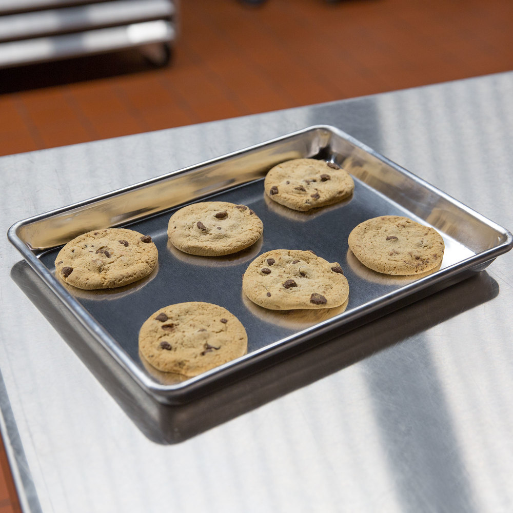 Quarter Size 19 Gauge Wire in Rim Aluminum Bun / Sheet Pan