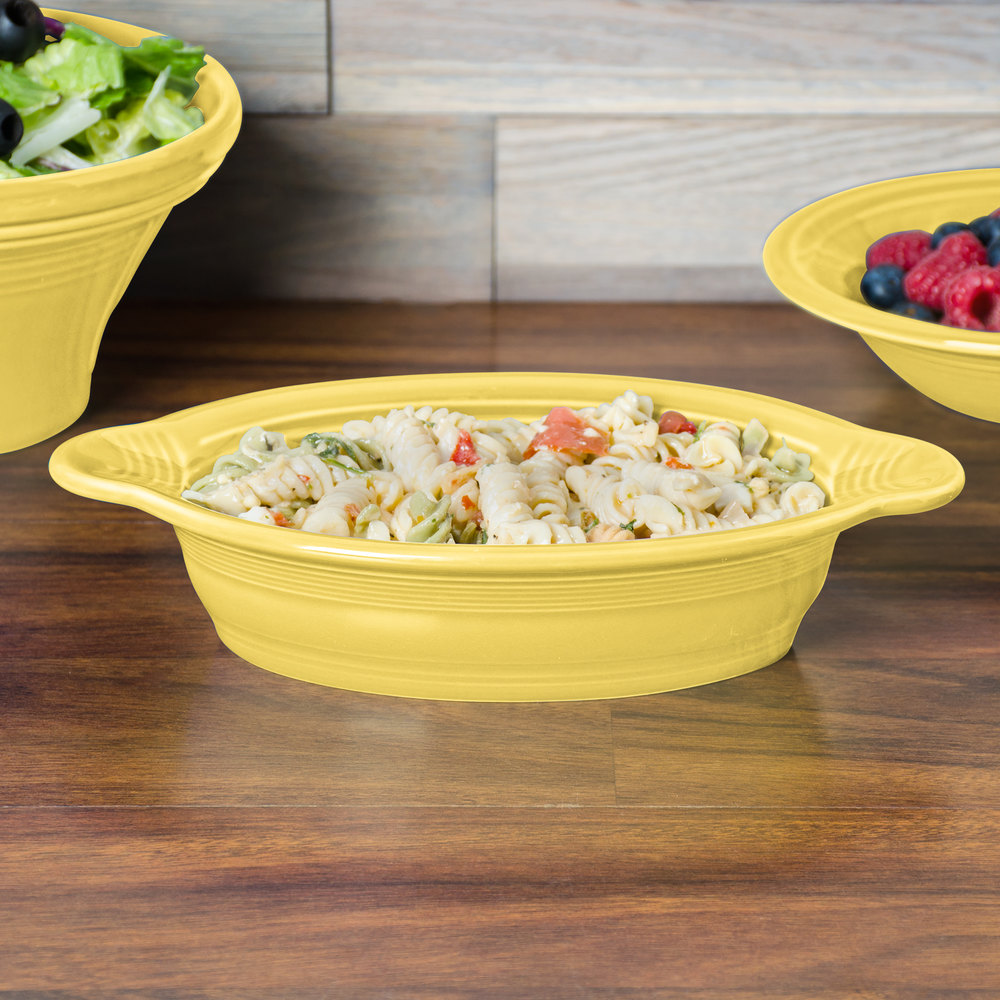Homer Laughlin 587320 Fiesta Sunflower 17 oz. Oval Baker - 4/Case