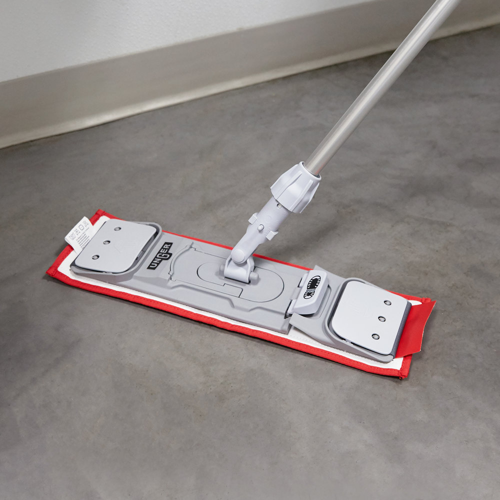 "Unger DM40R SmartColor 16"" Red Damp Mop Pad"
