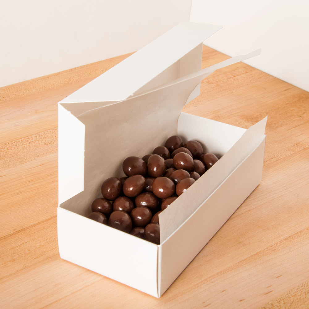 "One-Piece 1 lb. 7 1/4"" x 3 3/8"" x 1 7/8"" Solid Candy Box - 25/Pack"