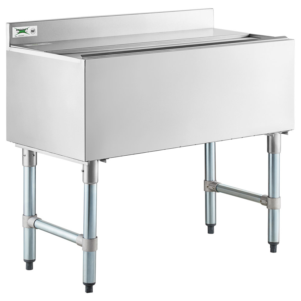 Regency 18 inch x 36 inch Underbar Ice Bin with 7 Circuit Post-Mix Cold Plate, Sliding Lid, and Bottle Holders - 79 lb.