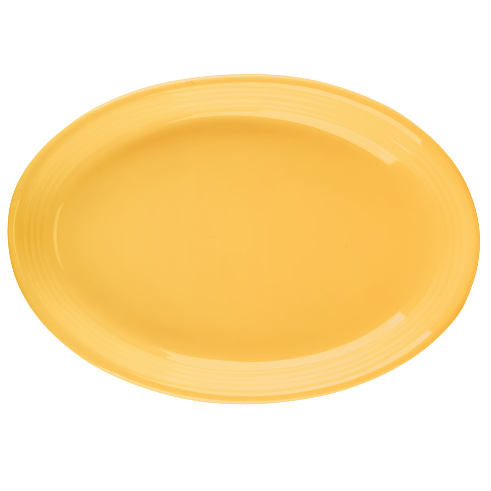 "Tuxton CSH-0962 Concentrix 9 3/4"" x 7"" Saffron Oval China Coupe Platter - 24/Case"