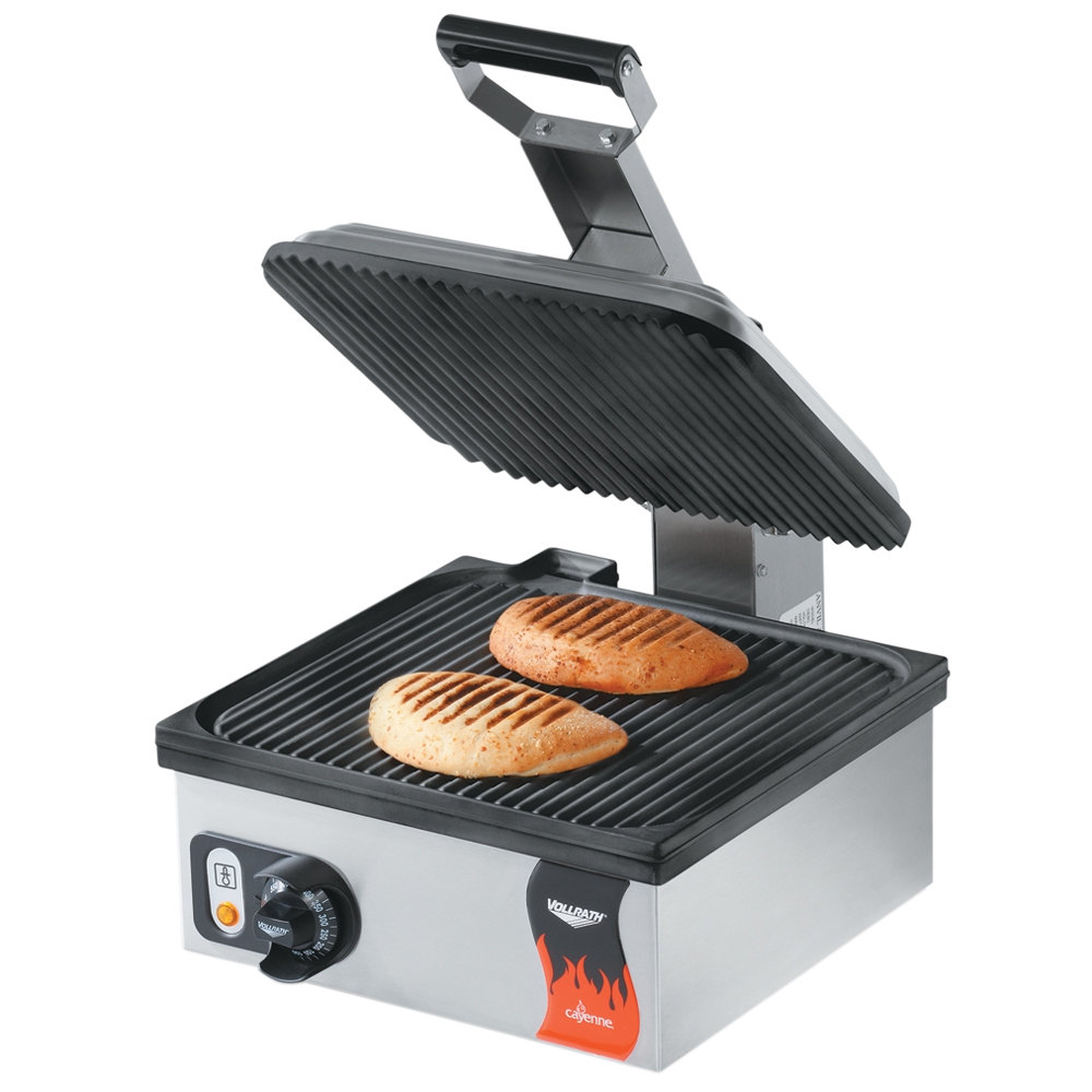 "Vollrath 40790 Cayenne 14"" Single Panini Sandwich Press - Grooved Non Stick Plates 120V"