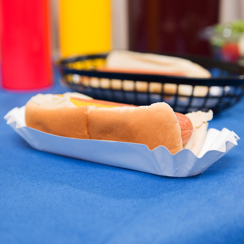 "Heavy Weight 6"" White Paper Fluted Hot Dog Tray - 500/Pack"