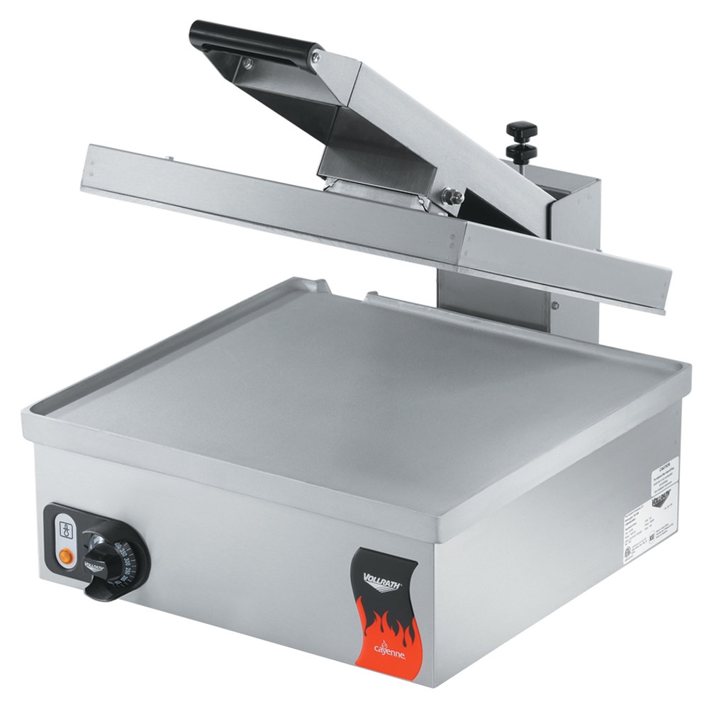 "Vollrath 40793 Cayenne 17"" x 18"" Super Size Single Panini Sandwich Press - Smooth Aluminum Plates 120V"