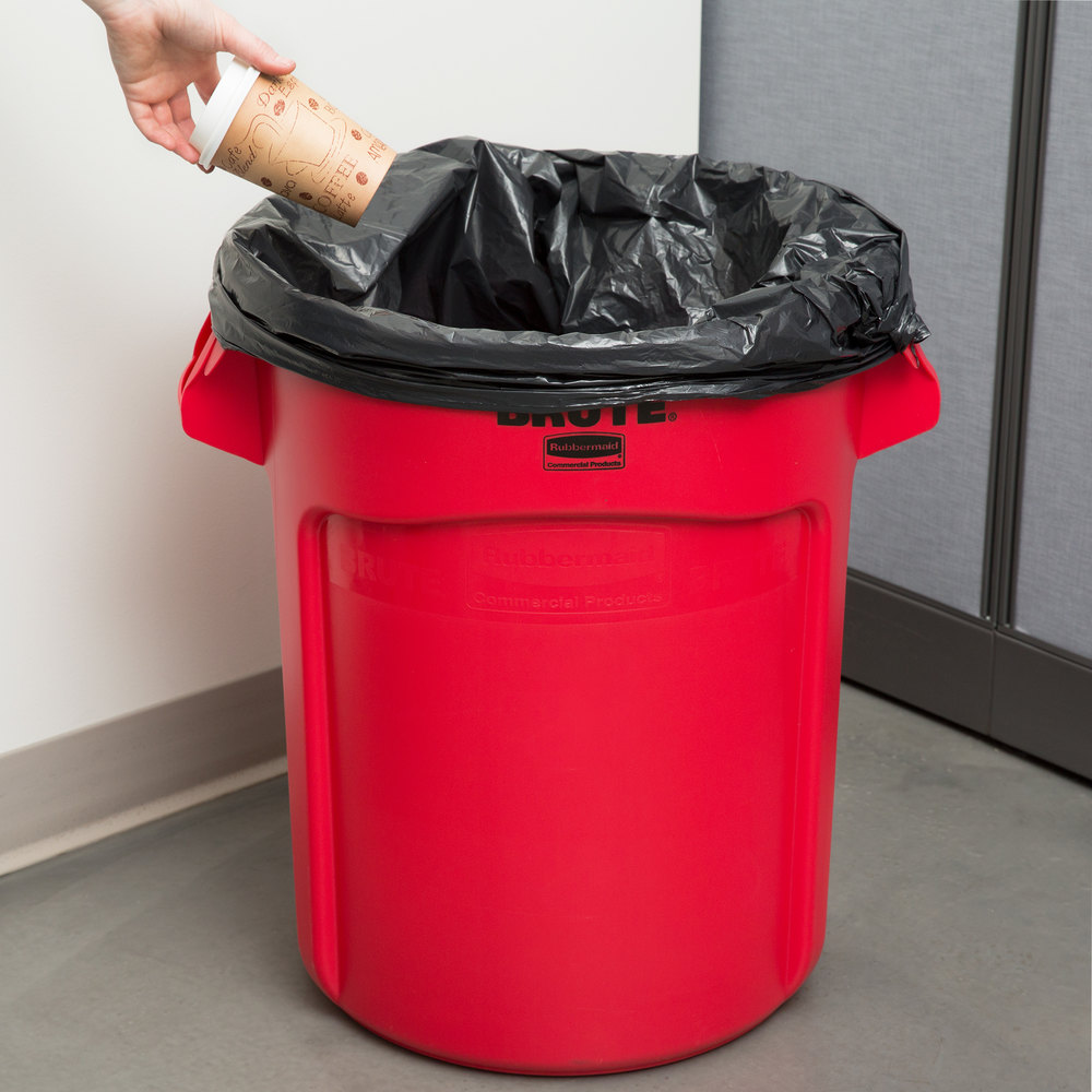 Rubbermaid FG262000RED BRUTE 20 Gallon Red Trash Can