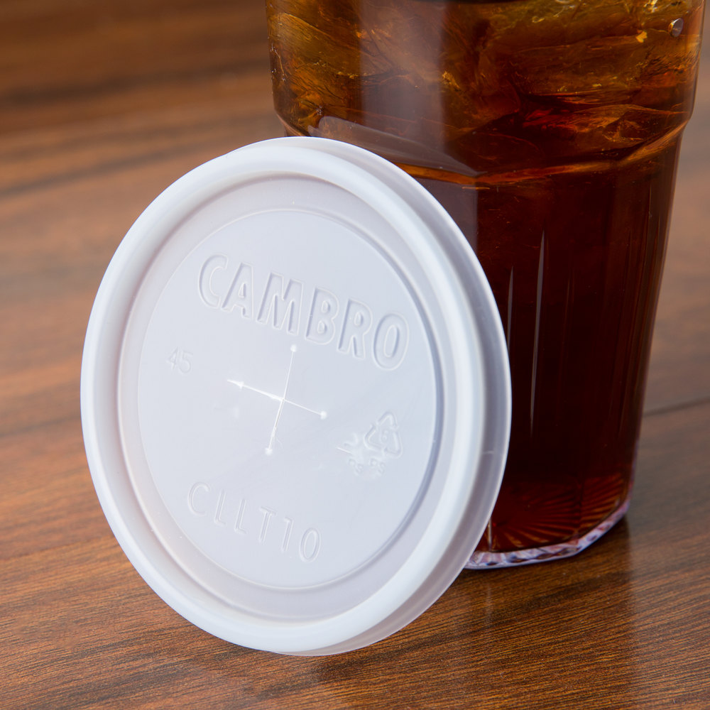 Cambro CLLT10 Disposable Translucent Lid with Straw Slot for Bowls, Mugs, and Tumblers - 1000/Case