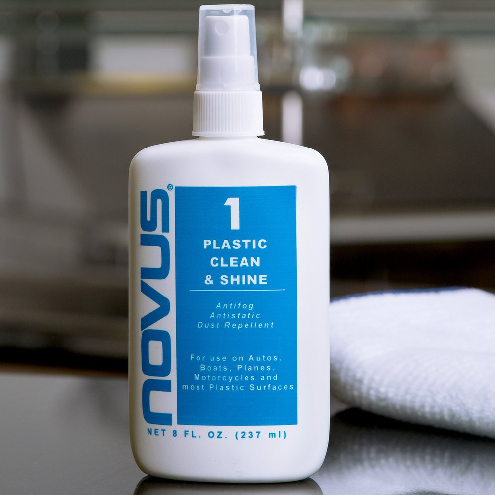 Novus PN-7020 8 oz. Plastic Clean & Shine #1