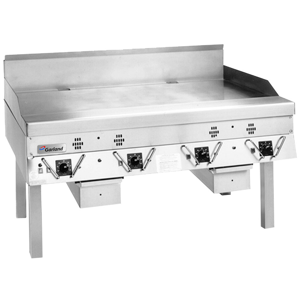 "Garland CG-48R-01 48"" Master Series Gas Production Griddle with Thermostatic Controls - 120,000 BTU"