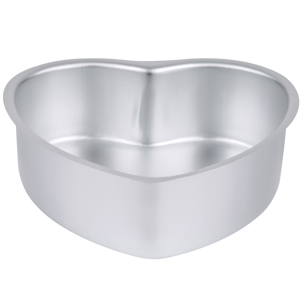 Heart Shaped Cake Pan Wilton 2105 600 Decorator