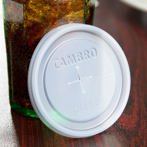 Cambro CLLT8 Disposable Translucent Lid with Straw Slot for Cambro LT8 Laguna 8 oz. Tumbler - 2000/Case