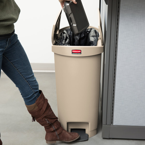 rubbermaid slim jim resin beige end stepon trash can with rigid plastic liner 13 gallon - 13 Gallon Trash Can