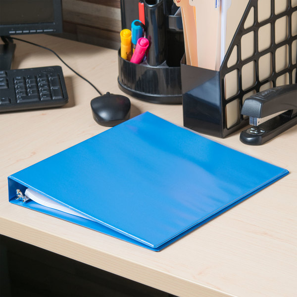 "Universal UNV20713 11"" x 8 1/2"" Light Blue Deluxe Non-Stick Polypropylene View Binder with 1"" Round Rings"