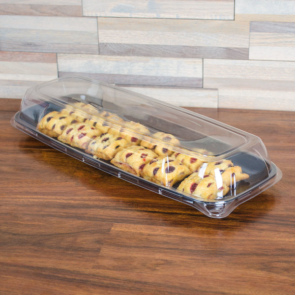 "Sabert 5618 Mozaik 17 3/4"" x 6 3/4"" Clear Plastic Platter / Catering Tray High Dome Lid - 25/Case"