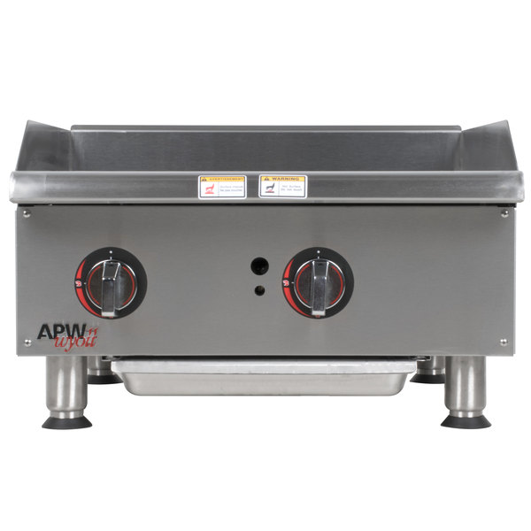 "APW Wyott GGM-18i Champion 18"" Countertop Griddle with Manual Control and Safety Pilot - 37,500 BTU"