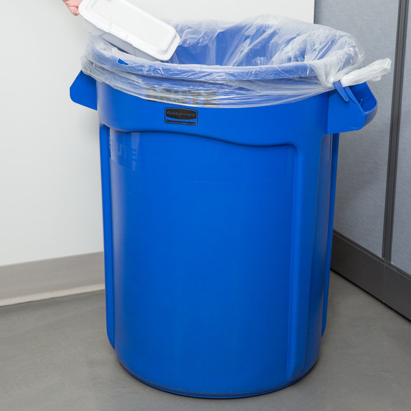 rubbermaid brute 32 gallon blue trash can