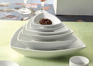 CAC SHA-T9 Sushia 22 oz. Super White Triangular Porcelain Bowl - 24/Case