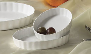 "CAC QSV-6 White Fluted Oval Serving Dish 6"" x 4 1/4"" - 36/Case"