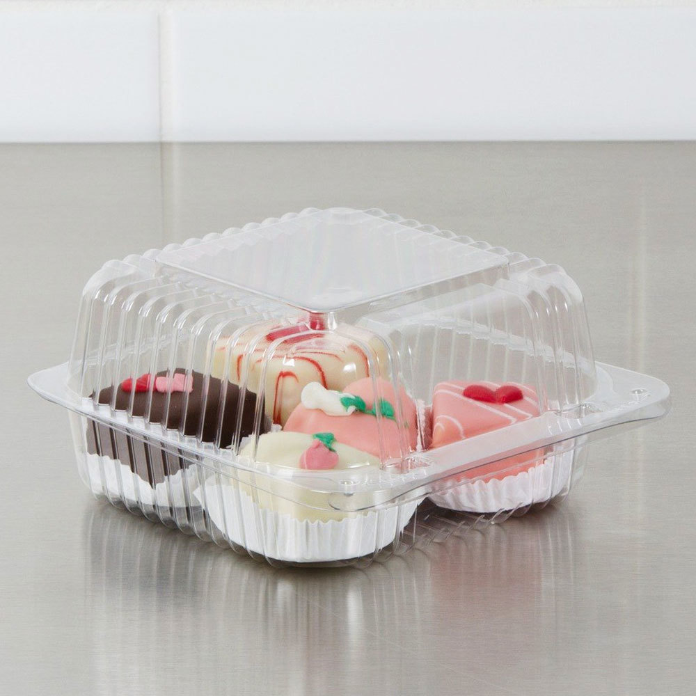 "Dart Solo PET20UT1 StayLock 5 1/4"" x 5 5/8"" x 2 3/4"" Clear Hinged PET Plastic 5"" Square Container - 500/Case"