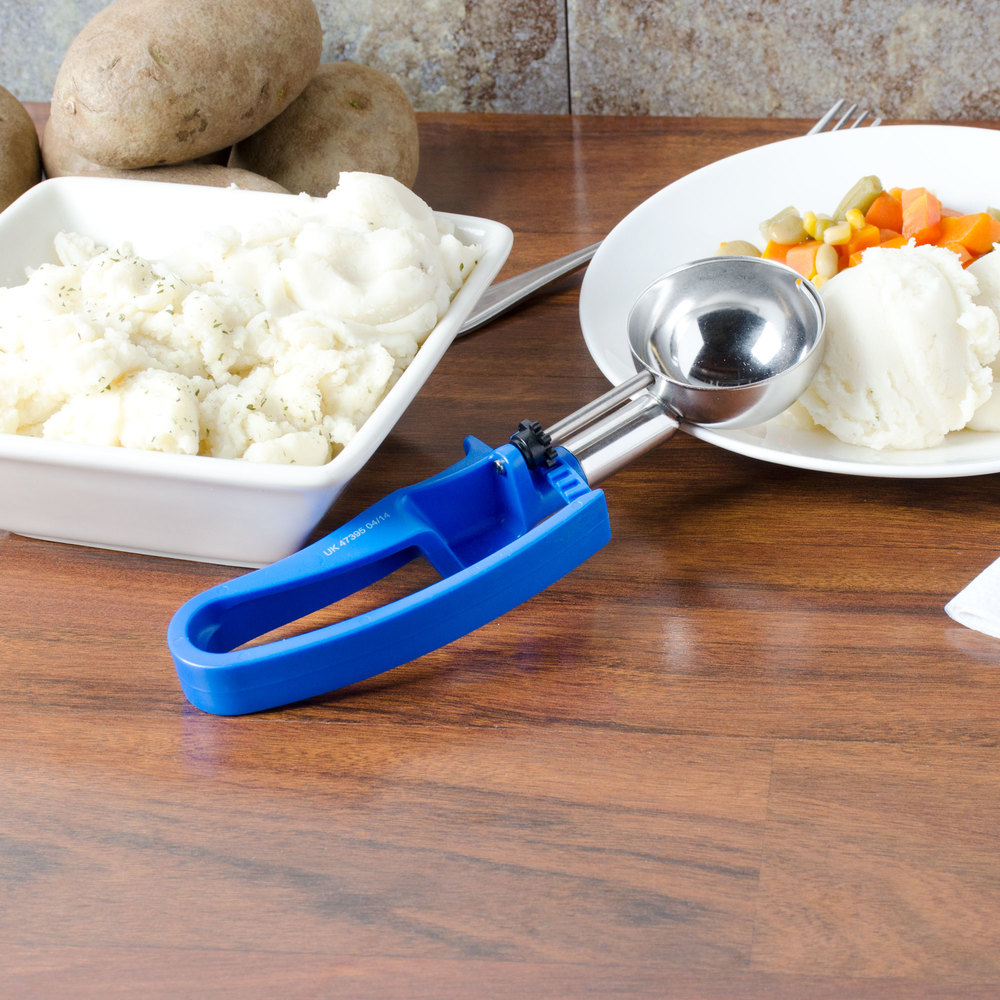 Vollrath 47395 Royal Blue #16 Squeeze Disher Portion Scoop - 2 oz.