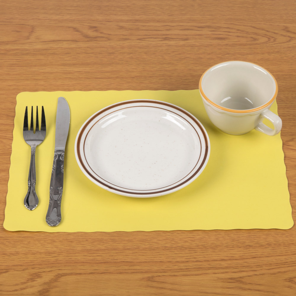 "10"" x 14"" Yellow Colored Paper Placemat with Scalloped Edge - 1000/Case"