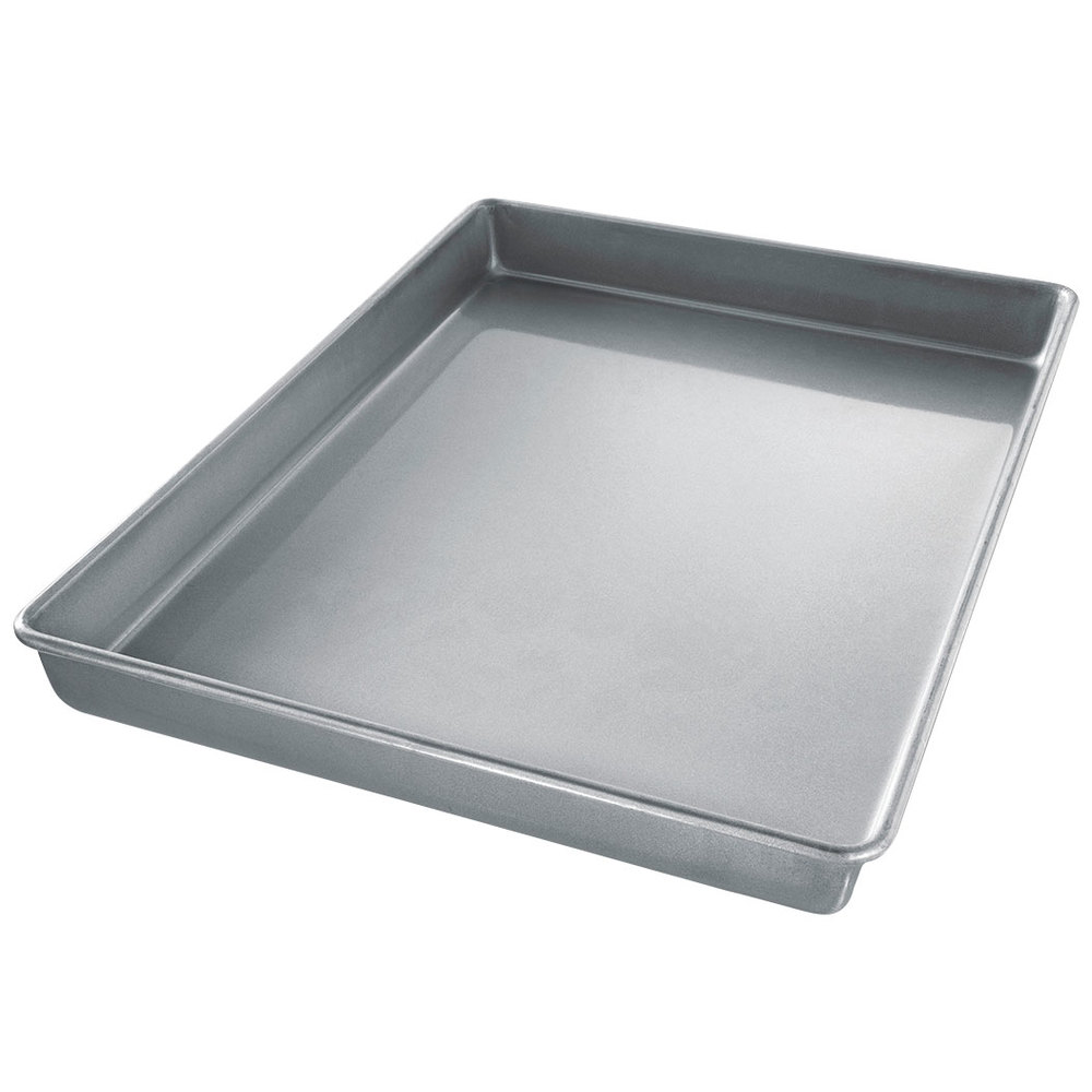 How Deep Is A Sheet Cake Pan