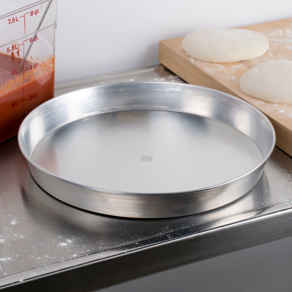"American Metalcraft A90162 16"" Tapered / Nesting Aluminum Pizza Pan - Standard Weight Aluminum"