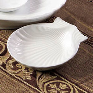 "CAC SD-9 9"" Bright White China Shell-Shaped Dish - 12/Case"