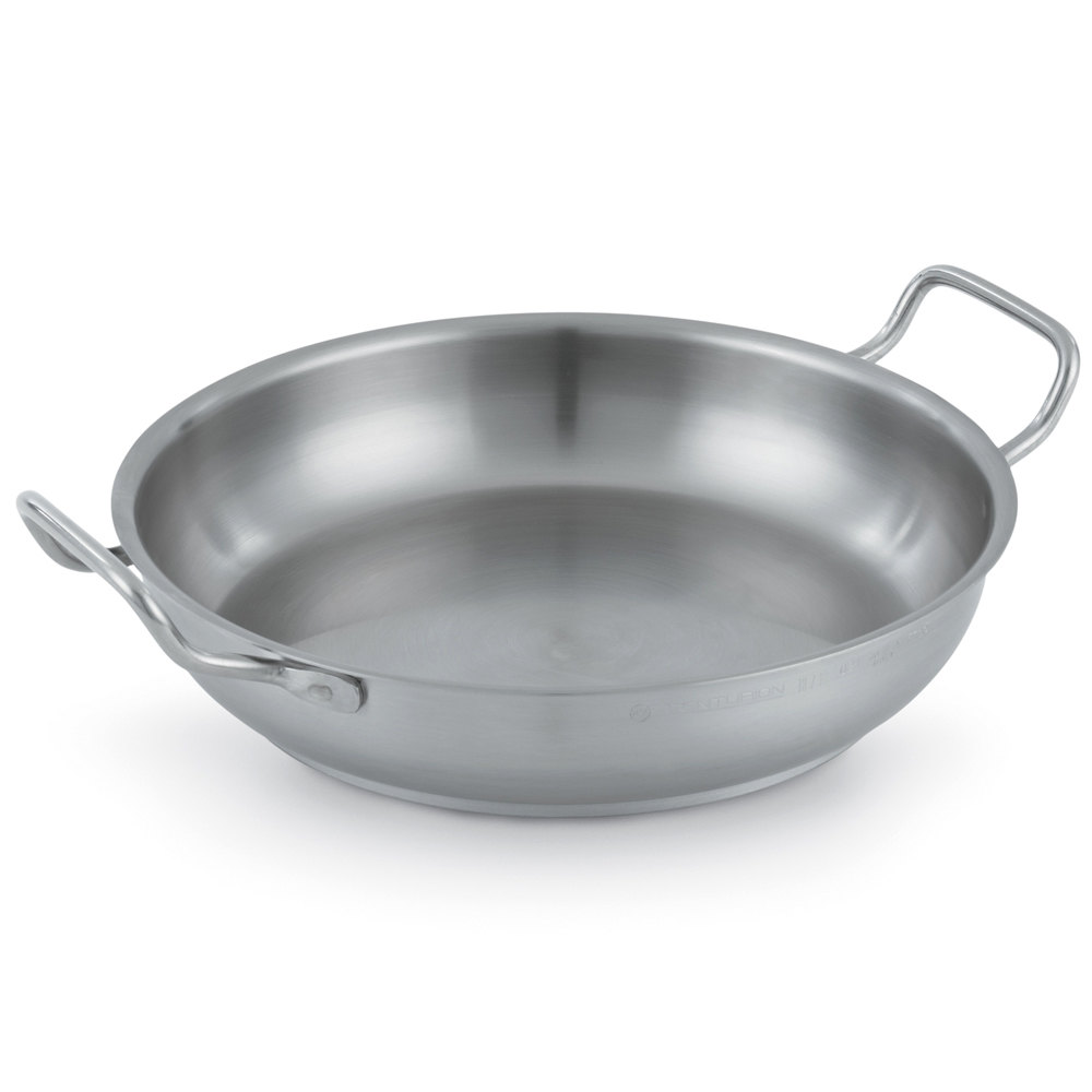 "Vollrath 3156 Centurion 12 1/2"" French Omelet Pan"
