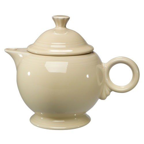 Homer Laughlin 496330 Fiesta Ivory 44 oz. Covered Teapot - 4 Sets / Case