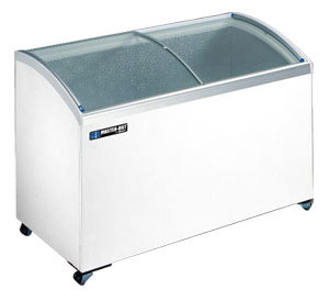 Master-Bilt MSC-41 Curved Lid Display Freezer - 8.3 Cu. Ft.