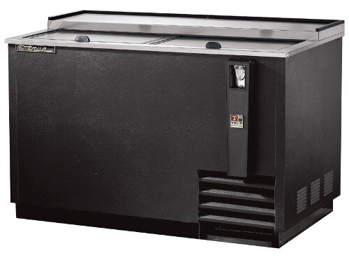True TD-50-18 Horizontal 50 inch Bottle Cooler