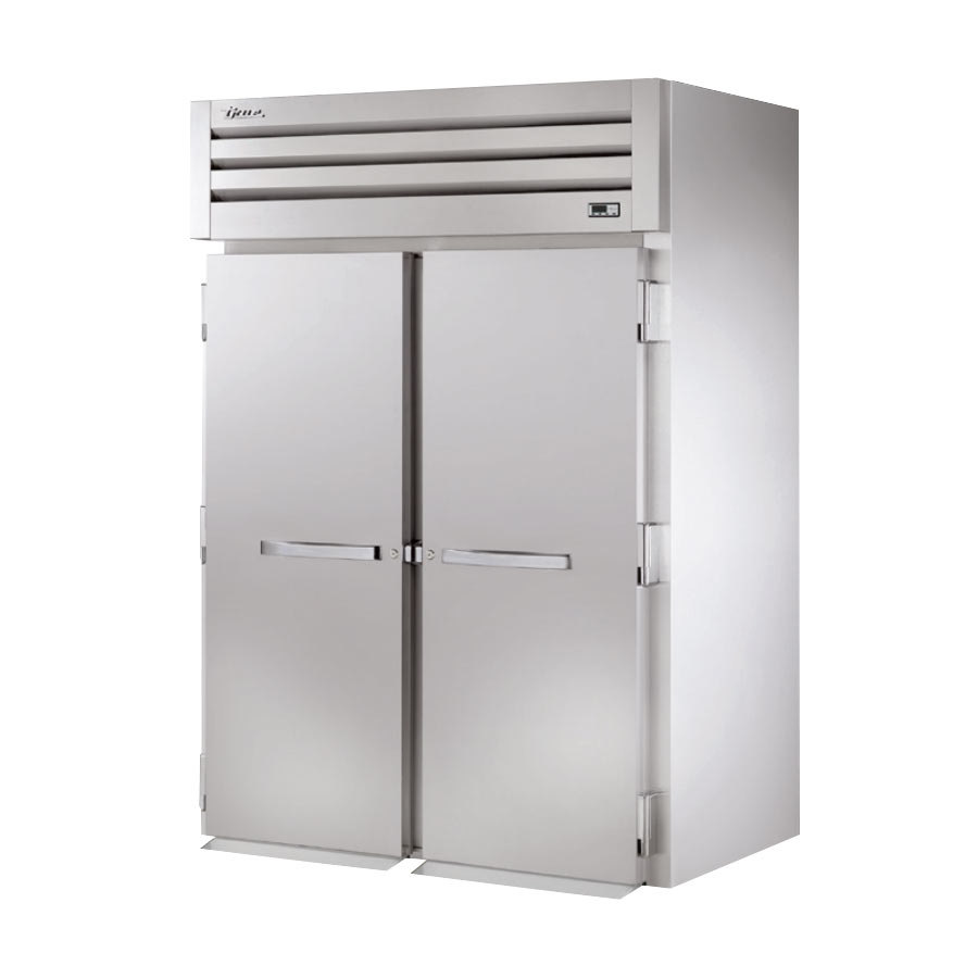 True STR2FRI-2S Specification Series Two Section Roll In Freezer with Solid Door - 34 Cu. Ft.