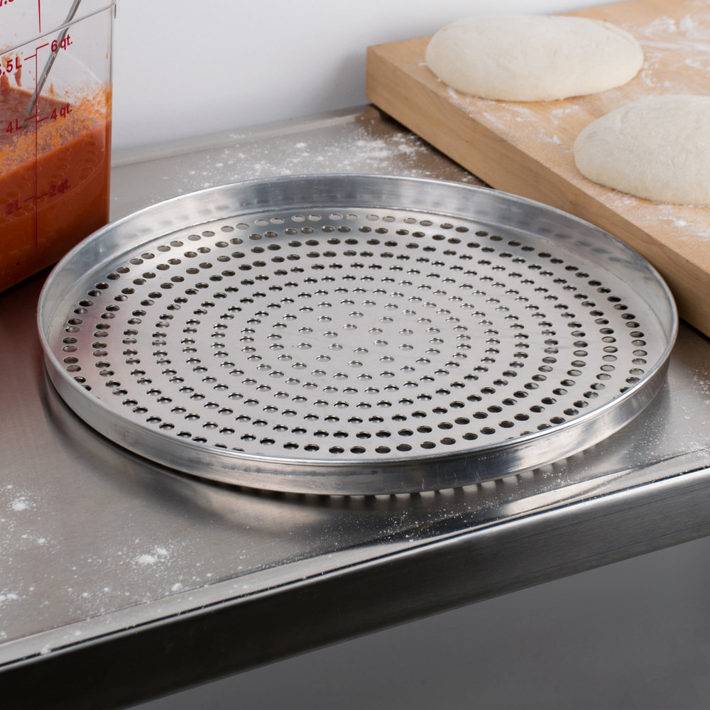 "American Metalcraft A4016SP 16"" x 1"" Super Perforated Standard Weight Aluminum Straight Sided Pizza Pan"