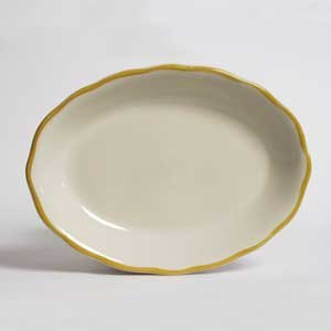 "CAC SC-14G Seville 12 5/8"" x 9 1/4"" Ivory (American White) Scalloped Edge China Platter with Gold Band - 12/Case"