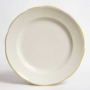"CAC SC-5G Seville 5 1/2"" American White (Ivory / Eggshell) Scalloped Edge China Plate with Gold Band - 36/Case"