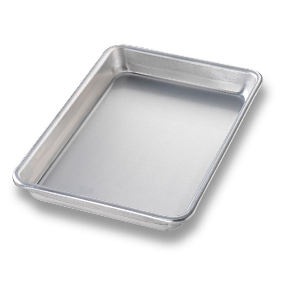 1/2 sheet pan size