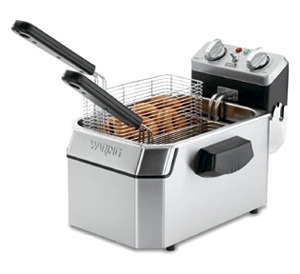 Waring WDF1000 10 lb. Commercial Countertop Deep Fryer 120V
