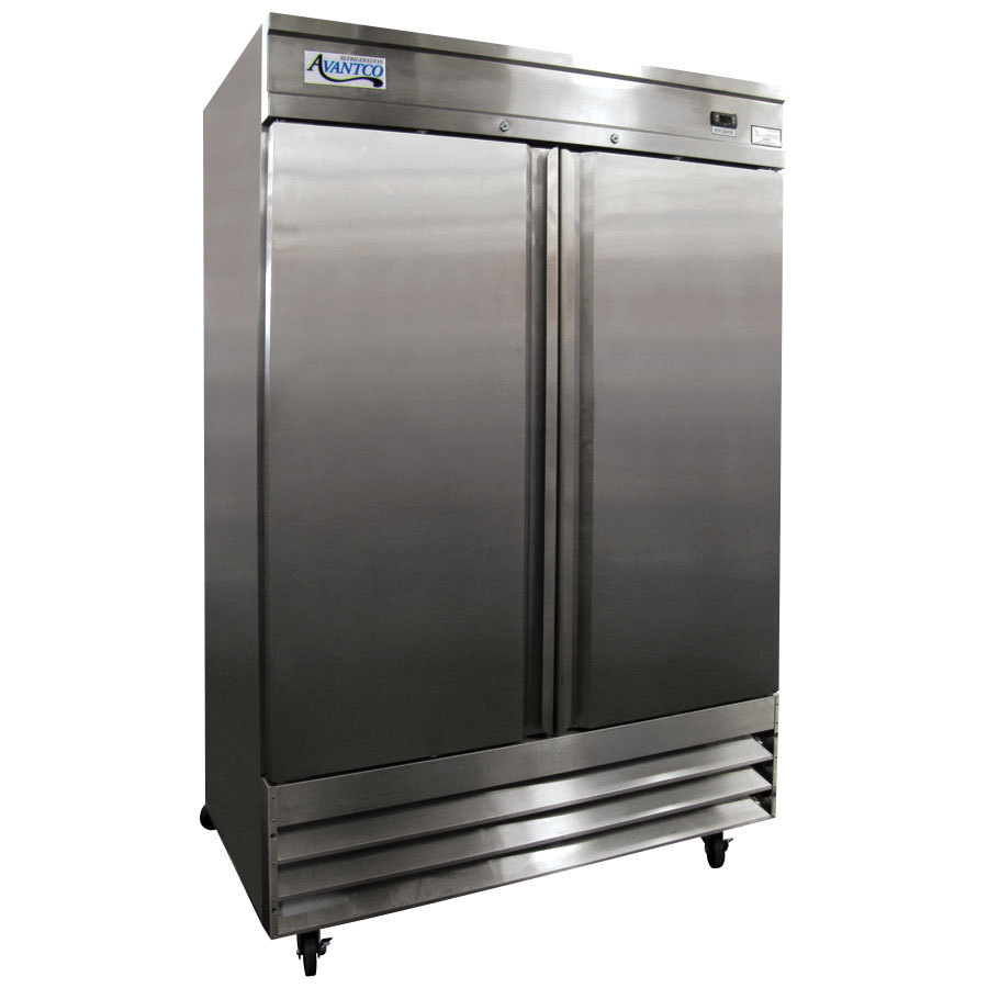 Avantco CFD-2RR 54 inch Two Solid Door Reach-In Refrigerator