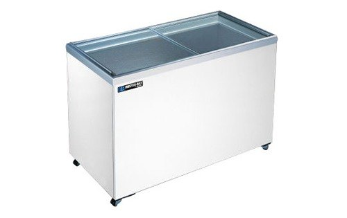 Master-Bilt MSF-30 6.4 Cu. Ft. Flat Lid Display Freezer